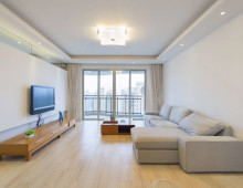 zhongshan park Apartment with terrace in Oasis Riviera