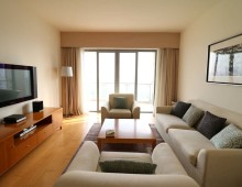 2BR apartment in Lujiazui Central Palace
