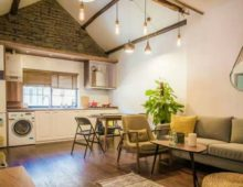 high ceiling lanehouse for rent in shanghai French Concession