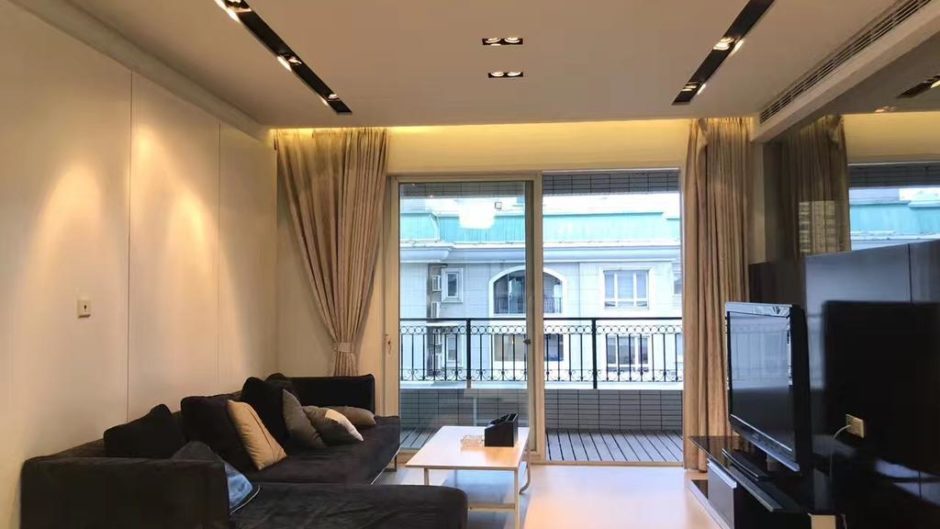 2BR flat for rent in Jing an District for Shanghai expats housing