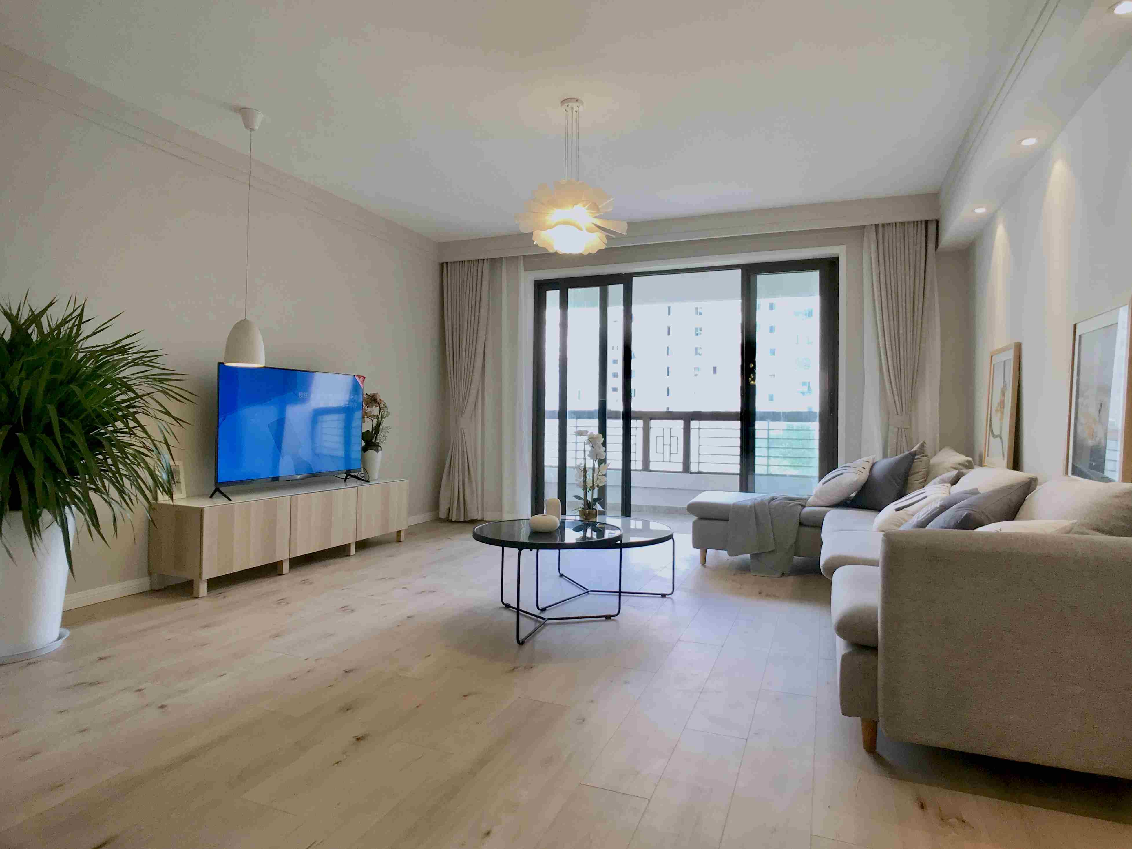 Apartment for rent Shanghai near Xintiandi flat rental