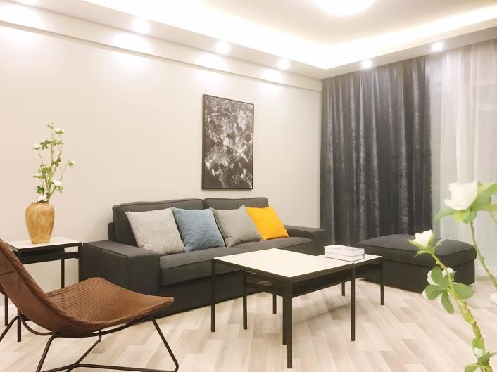 rent chez moi 嘉园 apartment in Jing an temple Shanghai