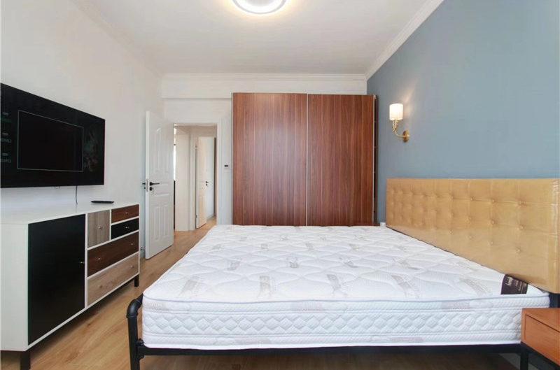 Shanghai apartment in Phoenix Court Shanghai Jing'an for Rent