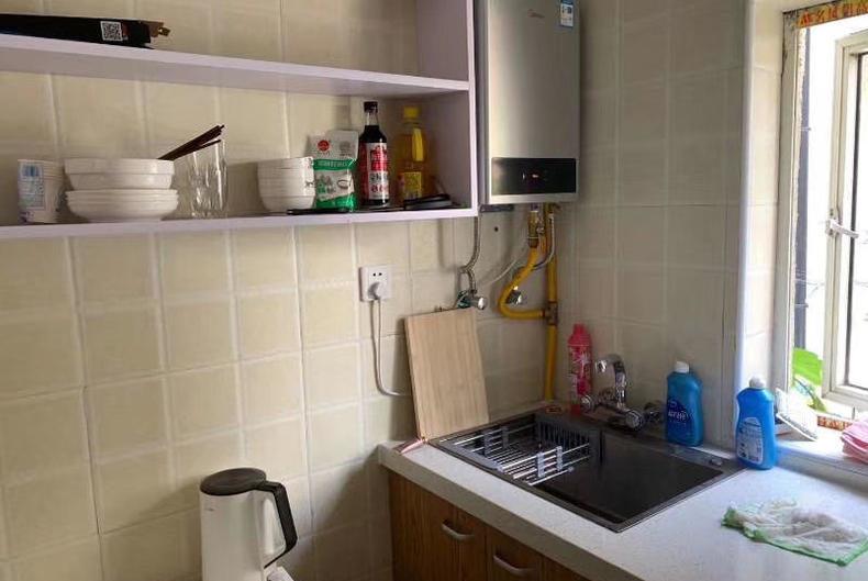 Shanghai cheap apartment for rent near Jing an temple flat