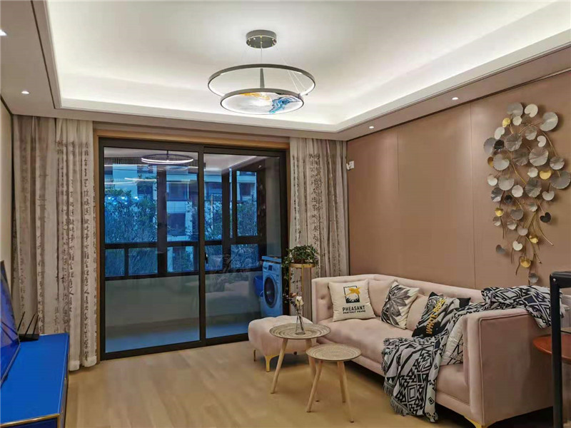 Shanghai apartment to rent on line9 in songjiang sheshan